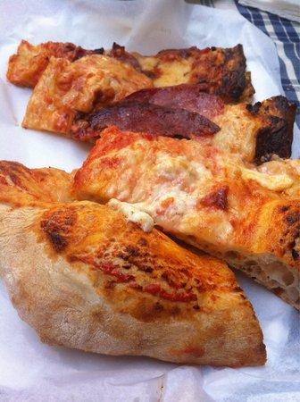 Pizzeria Donna Stella: Margherita e salamino piccante
