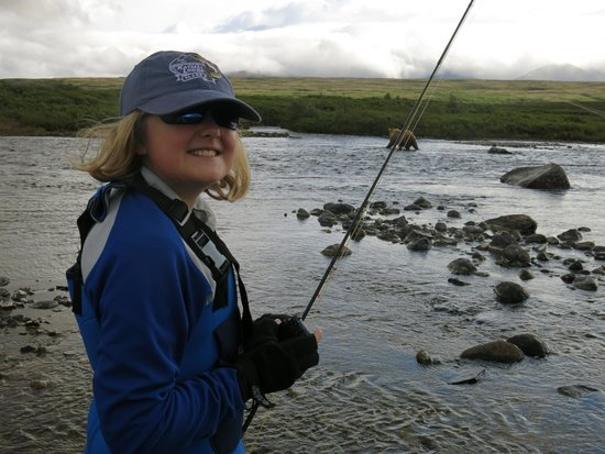 Katmai Lodge : Fly Out for Rainbows and Dollys