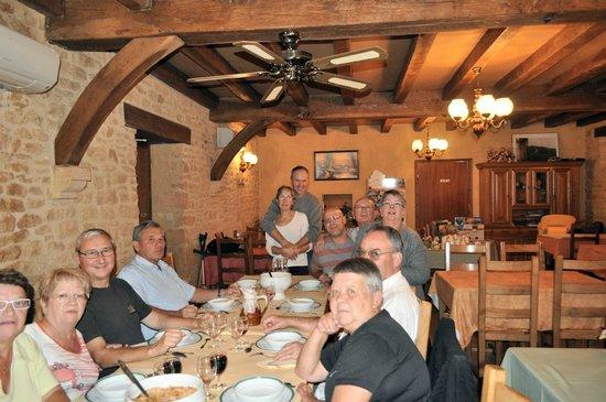 Saint-Genies, Frankrike: salle de la ferme auberge