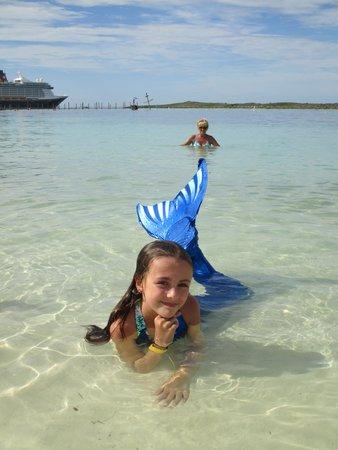Castaway Cay : My little mermaid, Khloe.