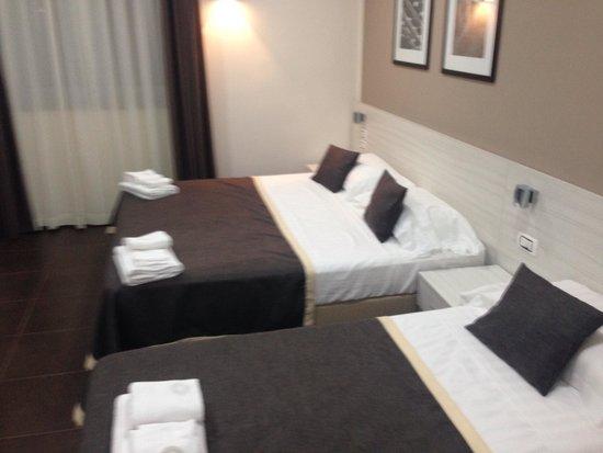 Stelle Hotel: Chambre pour 3 personnes au 3 eme étage.