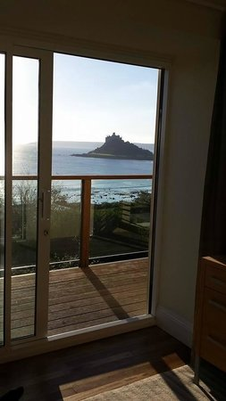 Mount Haven Hotel & Restaurant: View from our room :-)