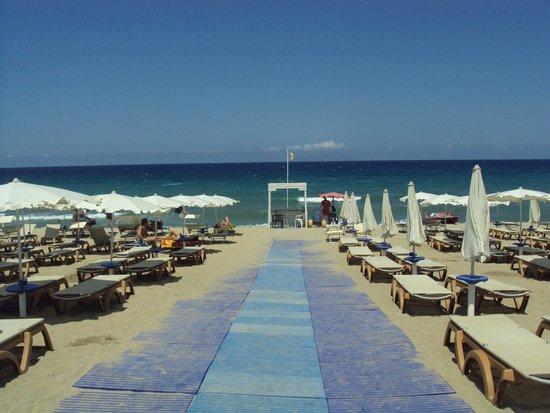 VOI Baia di Tindari Resort : spiaggia