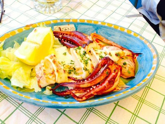Spiaggia Bar Ristorante La Marinella: le poulpe grillé