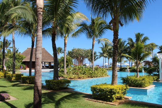 Sugar Beach Golf & Spa Resort : Main pool area