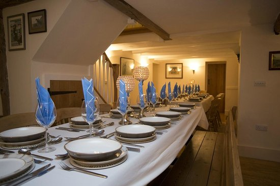 Uppermoor Farmhouse and Holiday Cottages: Group dining for 24