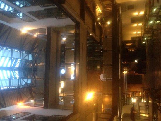 Gastwerk Hotel Hamburg : Stunning industrial interior