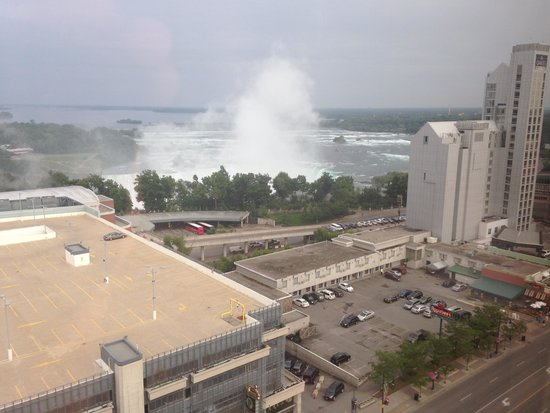 Four Points by Sheraton Niagara Falls Fallsview : View from 17th floor (not zommed)