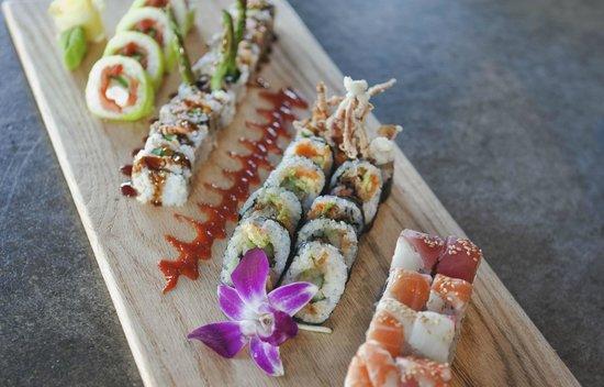 Blue Sushi Sake Grill: Maki Platter