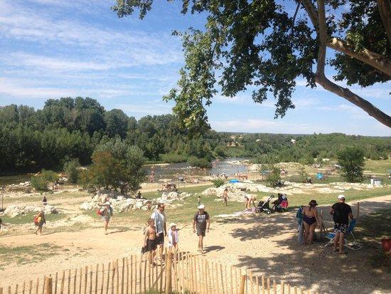 Pont du Gard : Пляж