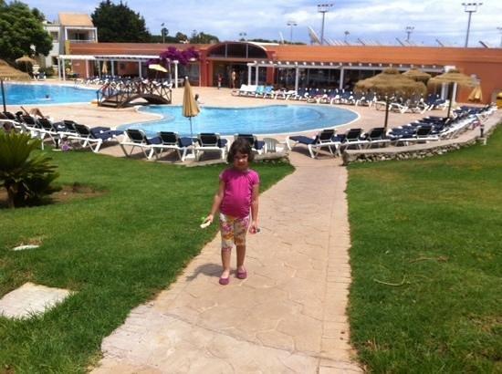 Isla Del Aire Apartments: Piscina