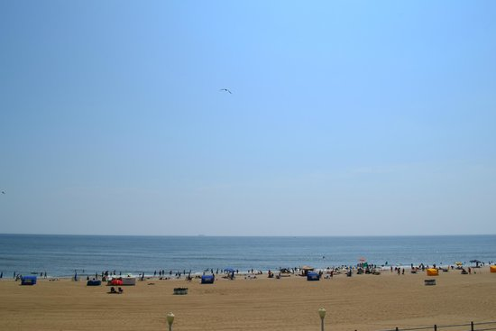 Country Inn & Suites by Radisson, Virginia Beach (Oceanfront), VA : View from Room
