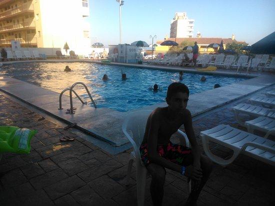 MedPlaya Hotel Bali : una de las piscinas