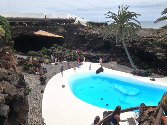 Jameos Del Agua: view of outdoor pool
