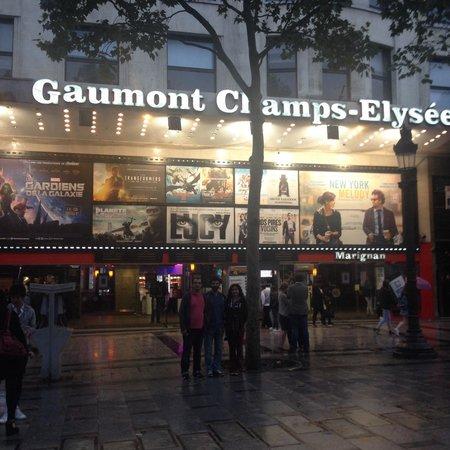 Champs-Élysées : Wêneyek ji champ élysée