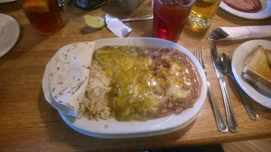Saint James Hotel & Restaurant: Heuvos Rancheros - fantastico!