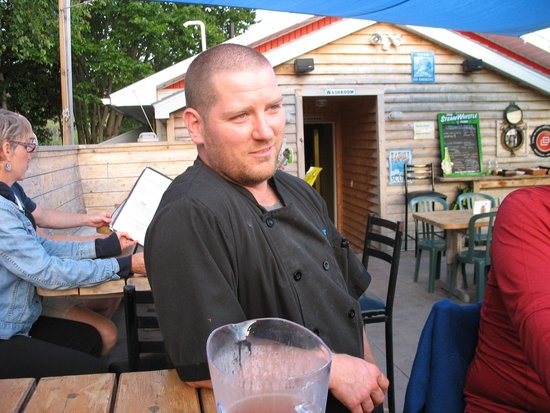 Buoy's Eatery: Richard - owner and host