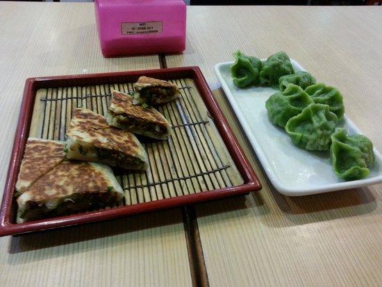 Emperor's Delight: Veg dumplings on the right