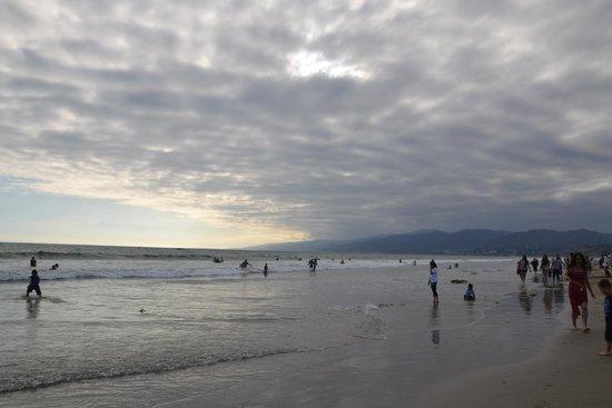 Hotel Carmel: Beach