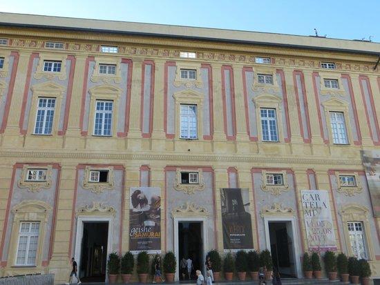 Palazzo Ducale : Minha primeira impressão da fachada