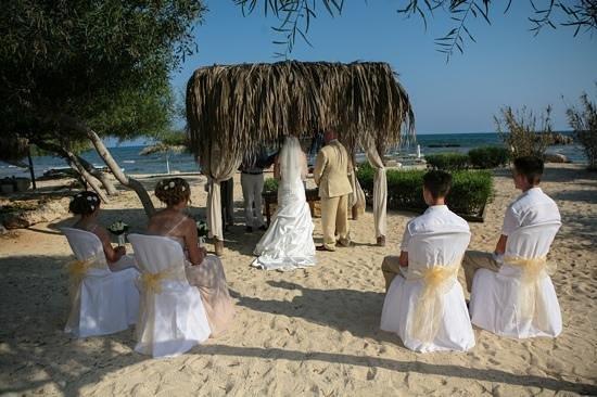 Thalassines Beach Villas Hotel: our wedding