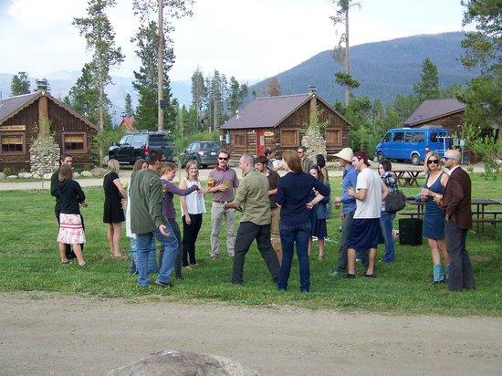 Colorado Cabin Adventures: Wedding Guests At The Cabins