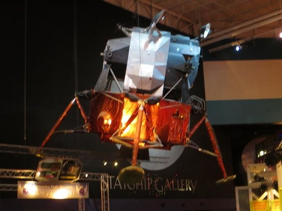 parachute module moon landing - photo #6