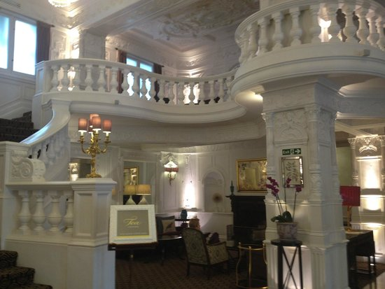 St. Ermin's Hotel, Autograph Collection: Another Lobby View