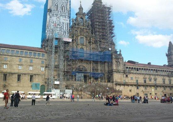 Plaza del Obradoiro: La Catedral