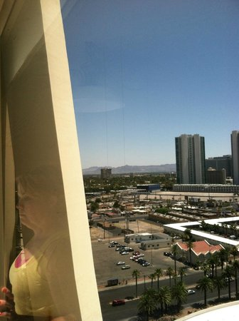Stratosphere Hotel, Casino and Tower: Strip View Room