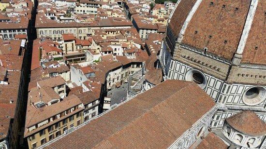 Hotel Duomo Firenze: Se ve a mano inferior izquierda