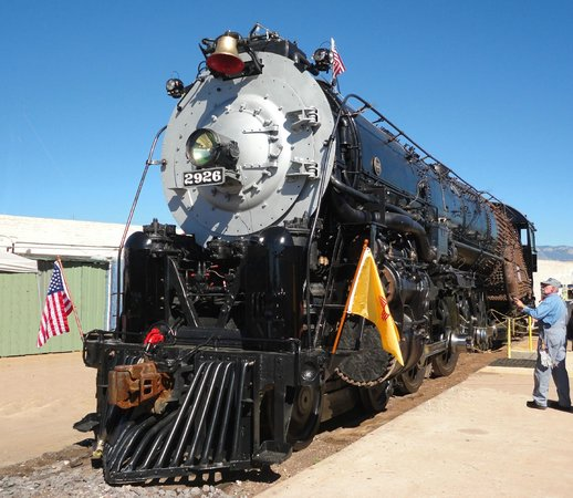 New Mexico Steam Locomotive and Railroad Historical Society: Santa Fe Steam Locomotive 2926 being restored to full operating condition