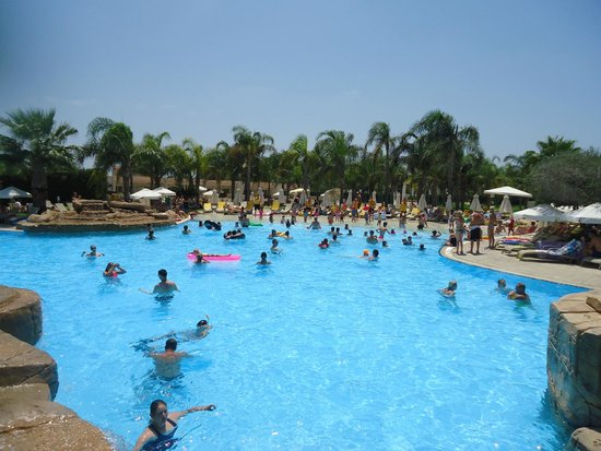 Olympic Lagoon Resort: family pool
