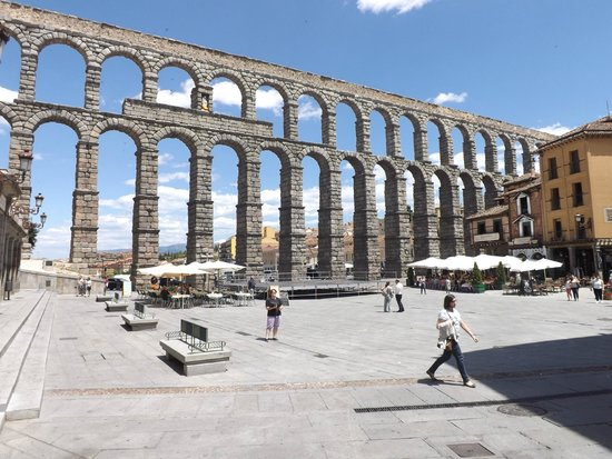 Alcázar: Acueducto Romano de Segovia