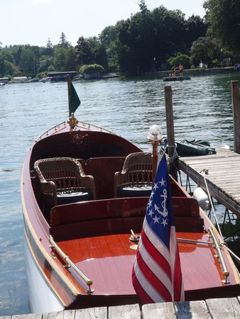 Skaneateles Lake: 2014 Classic & Antique Boat Show