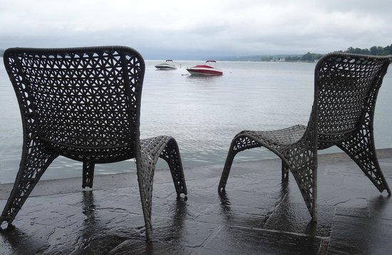 Skaneateles Lake: A dash or red-on-grey on a rainy day