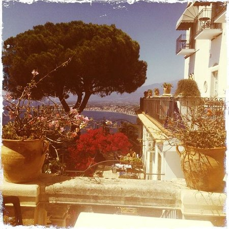 Hotel Bel Soggiorno: View at breakfast