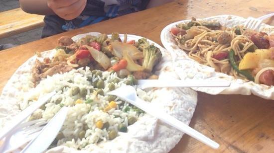 Vorosmarty Square (Vorosmarty ter): Rice with Chicken