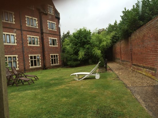 Dunston Hall : Lovely area to sit in