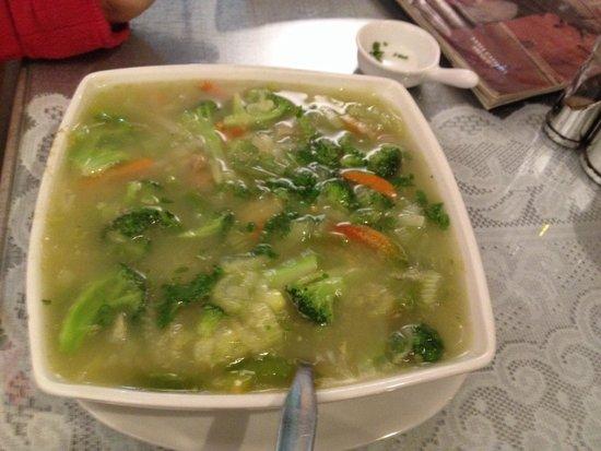 Mamashana Café Restaurante: Sopa de verduras del tiempo