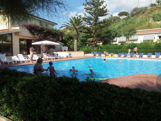 Hotel Villaggio Roller Club: la piscina. ..che bella! !!!!!