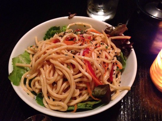 Tao : Vegetarian Lo Mein Cold Salad-