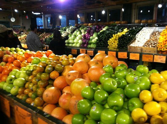 Reading Terminal Market: Fresh Produce