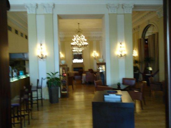 The St. Regis Florence: Bar and restaurant- Isaac Cornetti