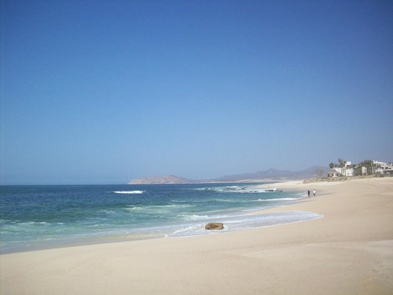 Hilton Los Cabos Beach & Golf Resort: Walk along the beach