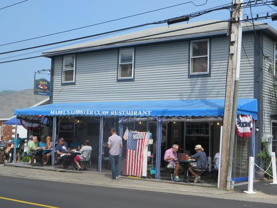 Mabel's Lobster Claw: Cute Place
