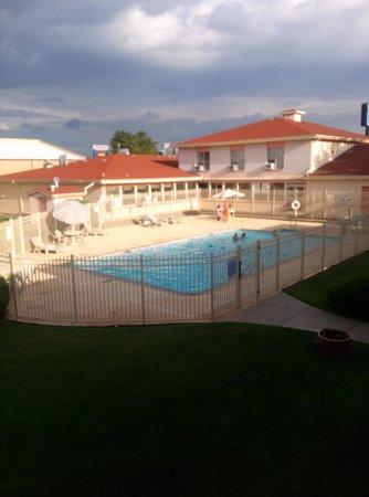 Rodeway Inn Roswell: Hotel Pool