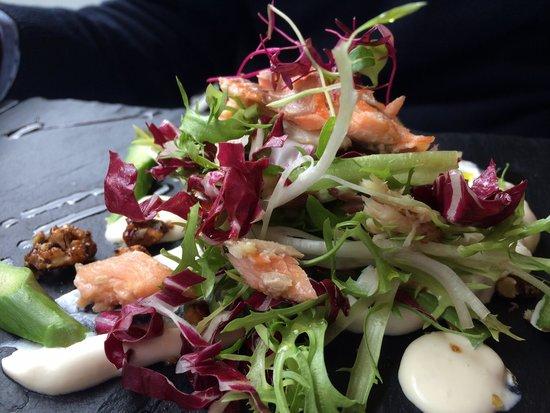 Bistro21: Warm trout salad