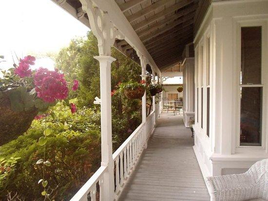 The Inn at Southwest: Inn Porch