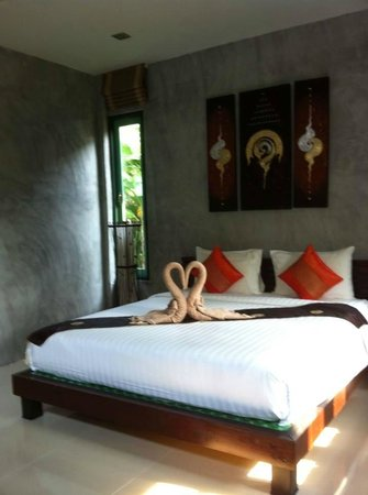 The Gleam Resort: Spacious well designed bedroom